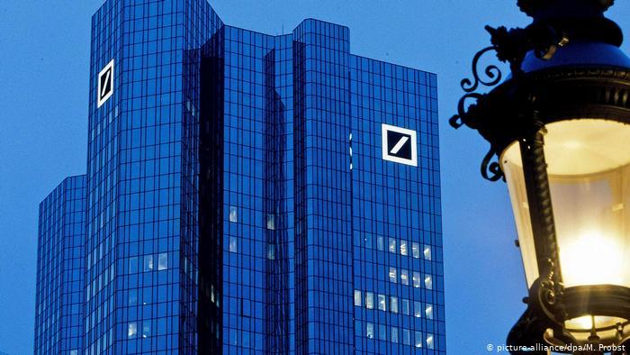 Deutsche Bank, Lloyds earnings prop up European shares
